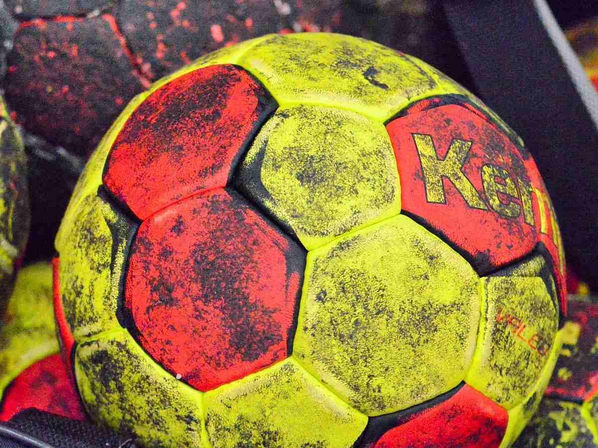 Handball, Ballsportart, Sportart mit H, H, Ball, Sport mit L am Ende, Sport