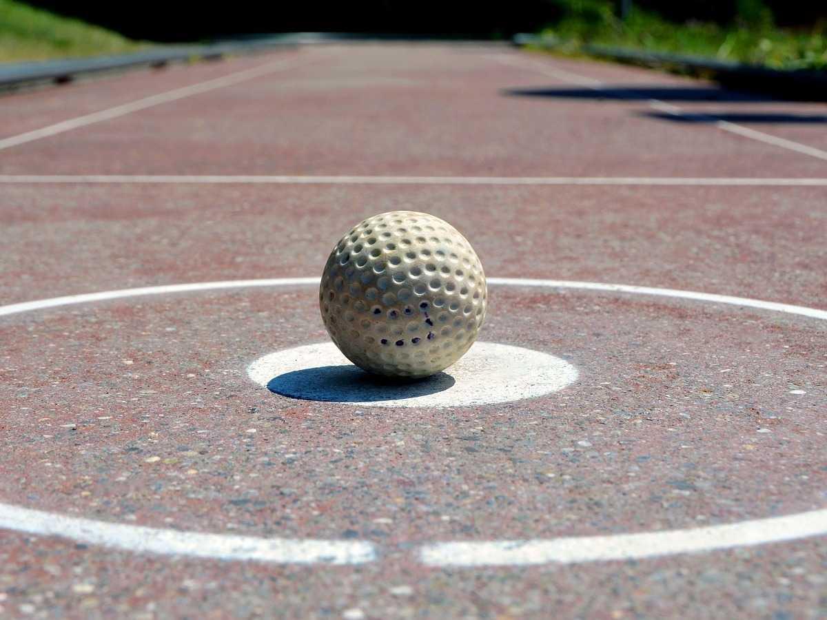 Minigolf, Ballsportart, Sportart mit M, M, Golfball, Sport mit F am Ende, Sport