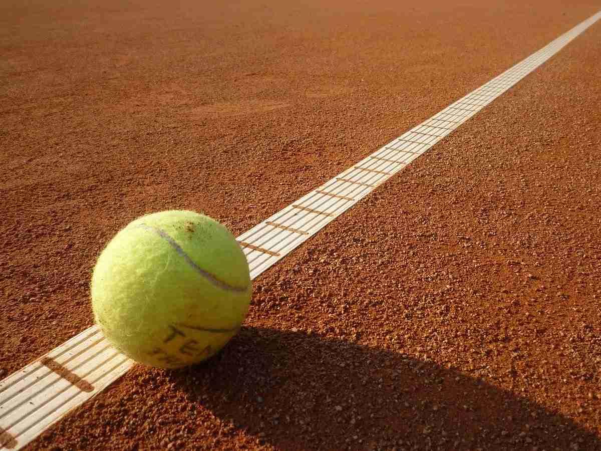 Tennis, Ballsportart, Sportart mit T, T, Tennisball, Sport mit S am Ende, Sport